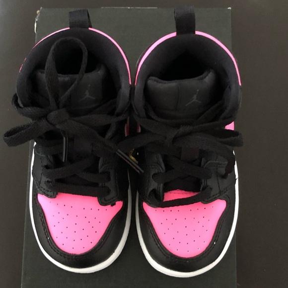 low priced c3915 2a117 NWT Toddler Girl Nike Jordan's Size 6